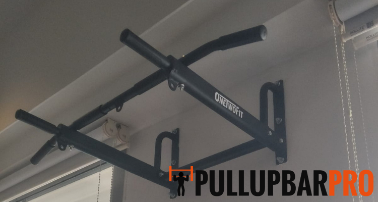 black-wall-mounted-pull-up-bar-pro-singapore-featured