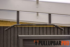 outdoor-pull-up-bar-installation-pull-up-bar-singapore