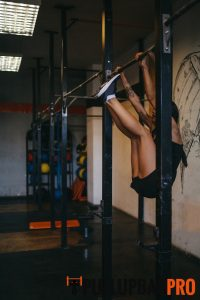 toes-to-bar-pull-up-exercises-pull-up-bar-singapore