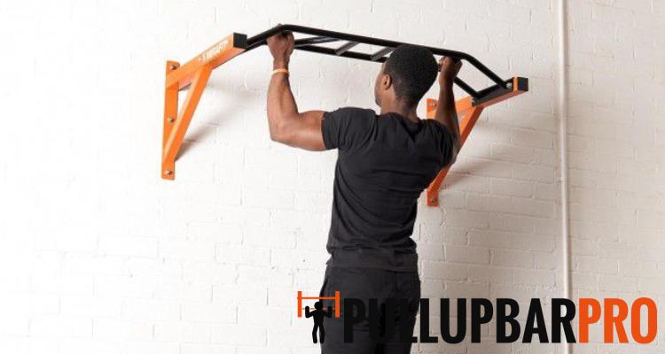 man-using-wall-mounted-pull-up-bar-installation-pull-up-bar-pro-singapore